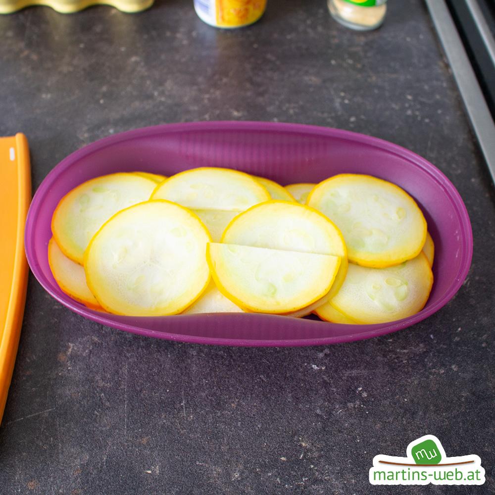 Zucchinischeiben im Omlettwunder
