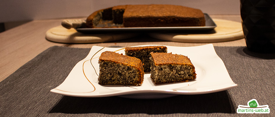 Mohn-Haselnuss-Kuchen