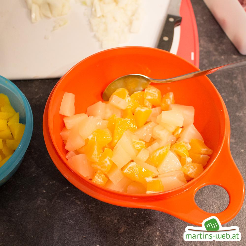 Ananas und Orangenstücke