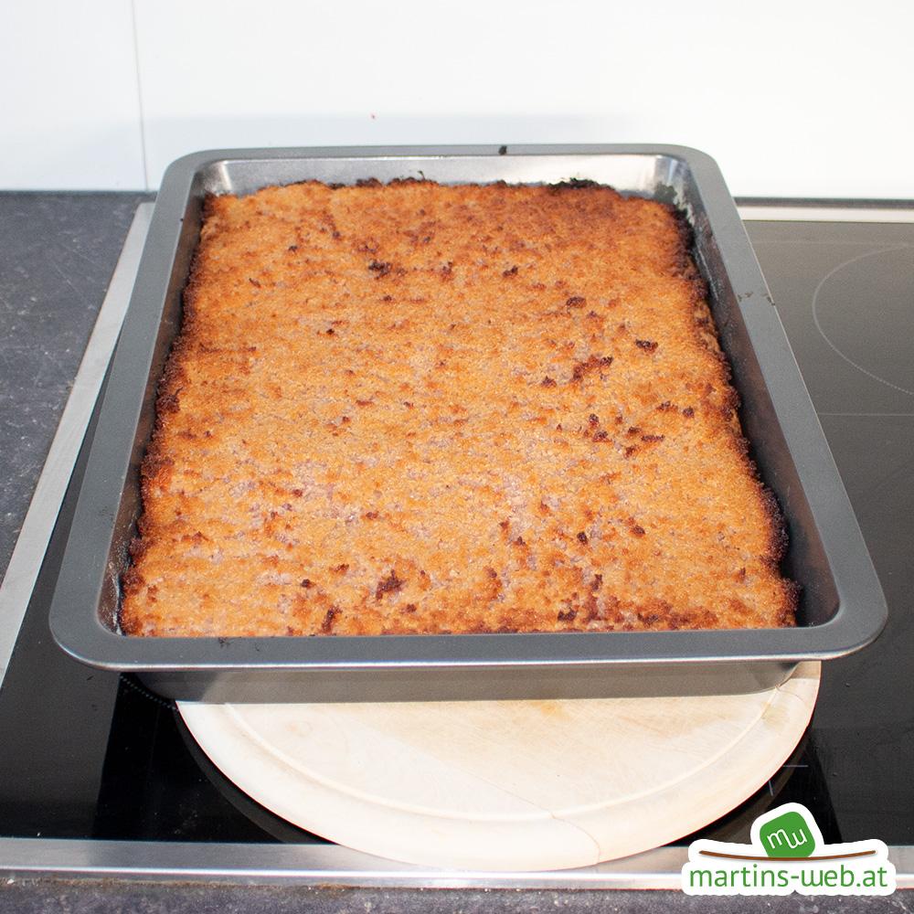 Kirsch-Tosca-Kuchen mit Kokos-Topping