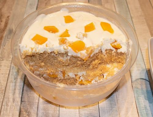 Cremig, fruchtiges Pfirsich-Joghurt Schichtdessert