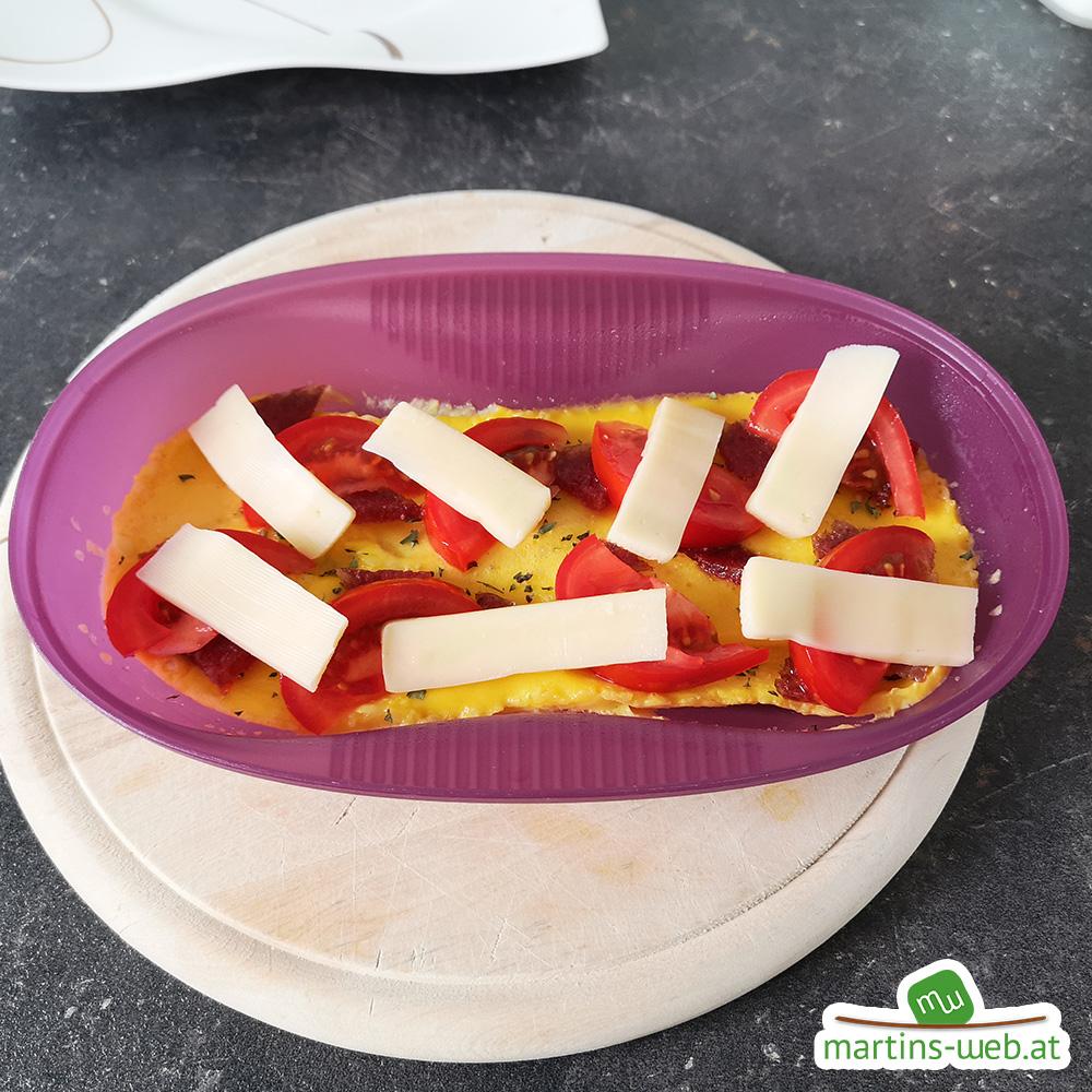 Zubereitung Tomaten-Salami-Käse-Omlett