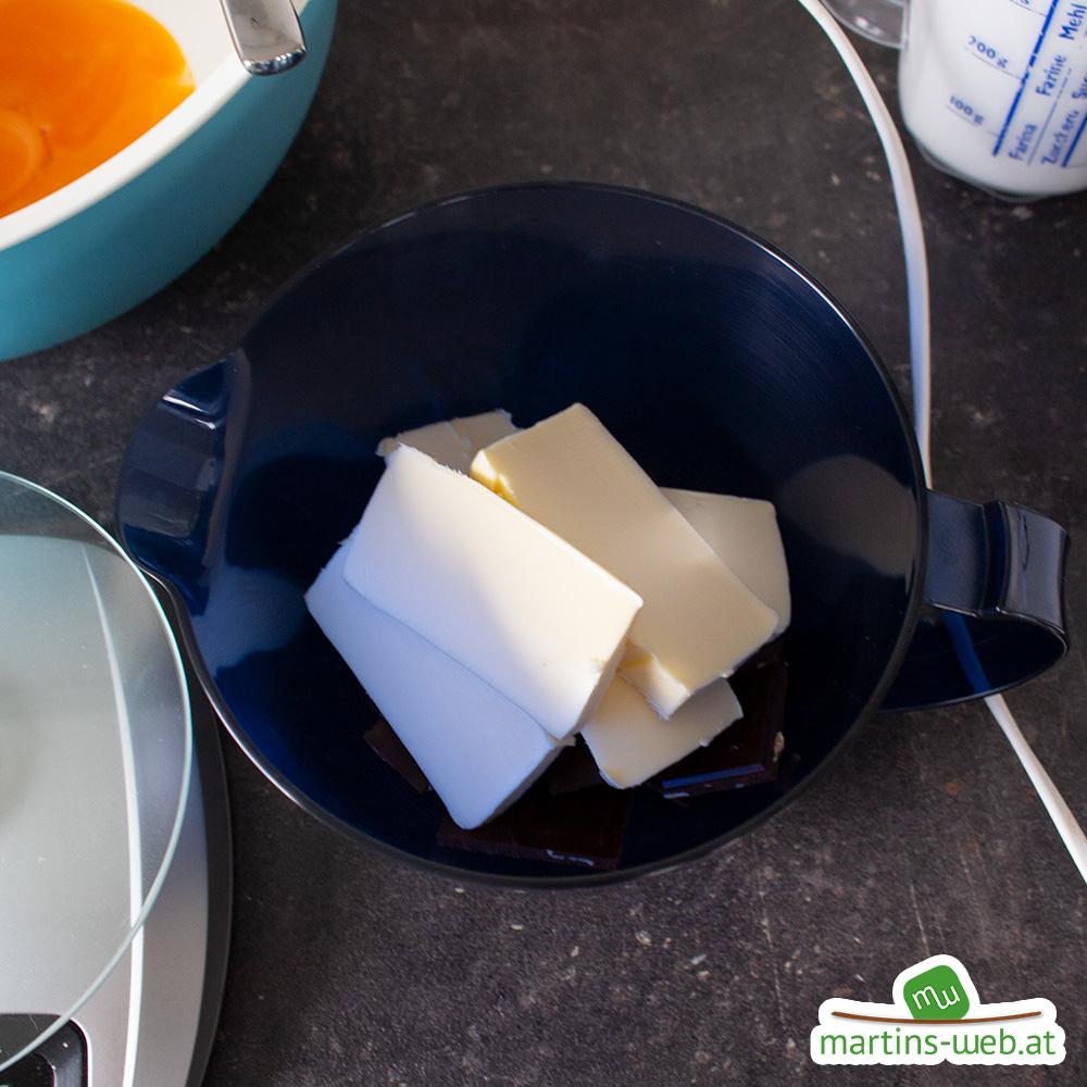 Schokolade und Butter schmelzen
